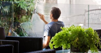Sådan undgår du striber når du pudser vinduer