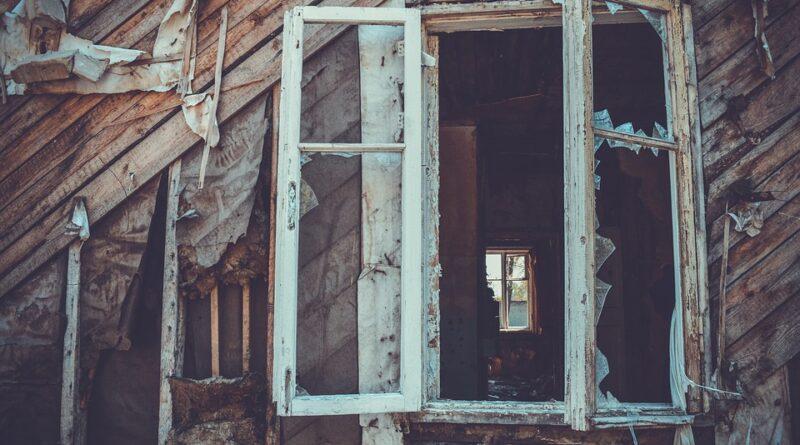Kan du heller ikke lukke dine vinduer? Råd, løse hængsler og problemer med at åbne og lukke er blandt de mest udbredte skader på vinduer
